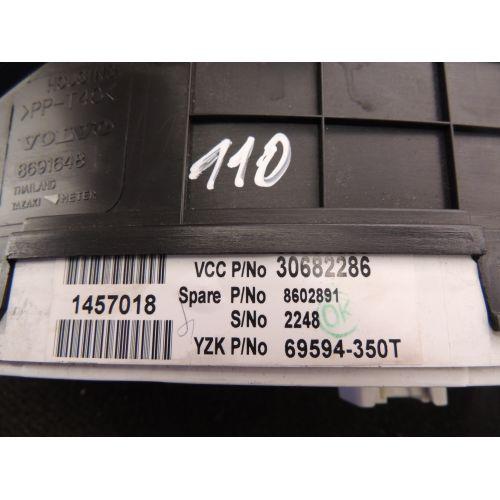 Volvo XC90 Spidometras (prietaisų skydelis) 30682286