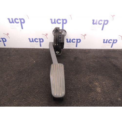 Volvo S80 Akseleratoriaus pedalas 9157552