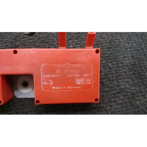 VOLVO V70 XC70 Radio antenos stipriontuvas 8637602