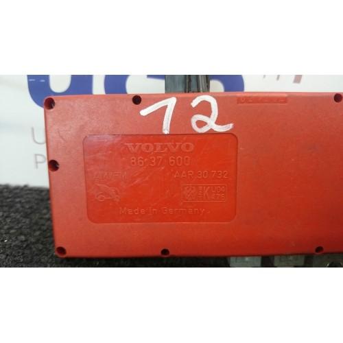 VOLVO S60 V70 XC70 S80 Radio antenos stiprintuvas 8637600