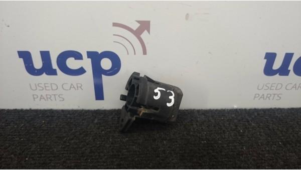 VOLVO V50 S40 Aušinimo radiatoriaus laikiklis 30639749